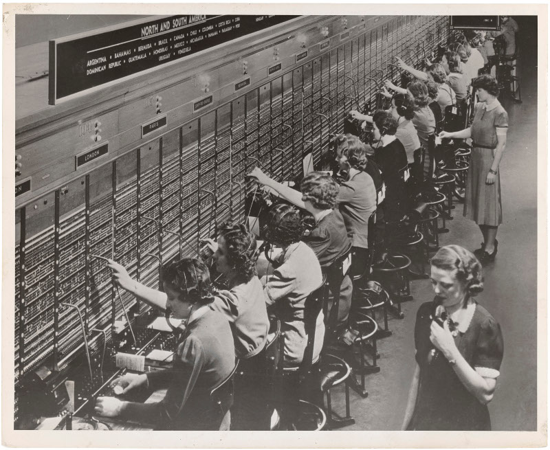 Image from the blog showing 19th century telephone switchboard operators, 159.5KB